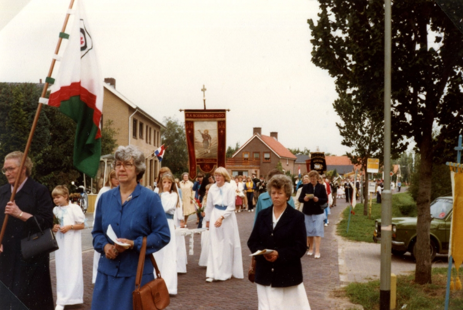 Processie in Loo, september 1982, Liemers Museum
