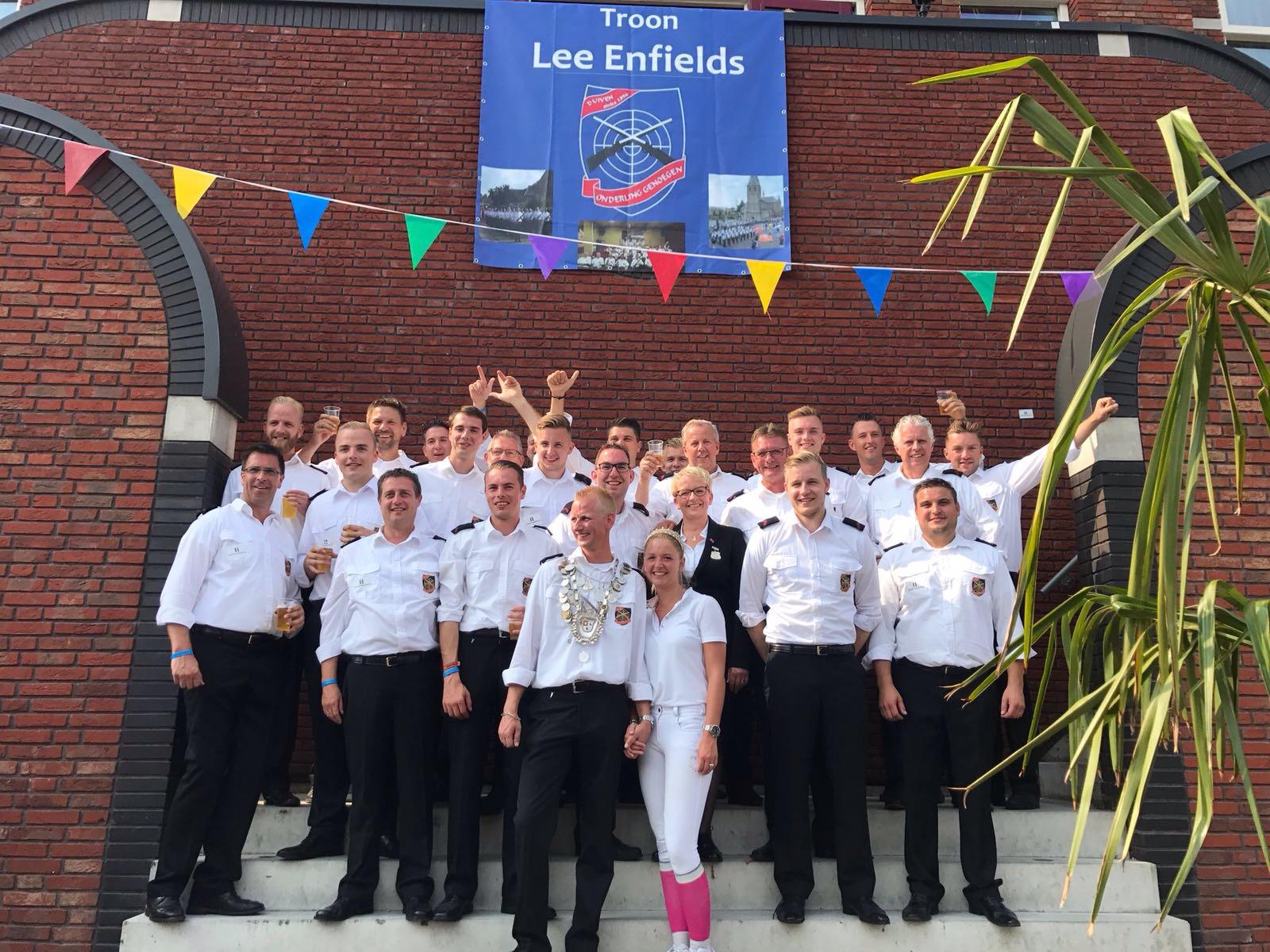 Koningspaar en het Lee Enfields Korps