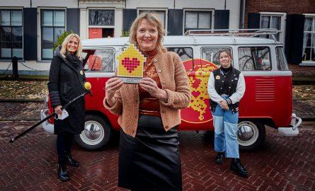 Buurtgezinnen ontvangt Hartenhuis Award