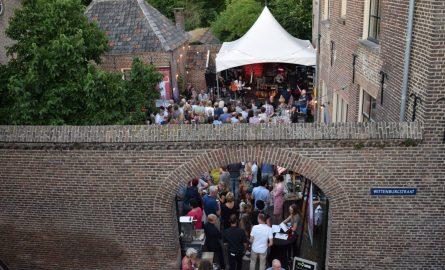 Outdoor Cinema & Diner bij Eet-lokaal Zevenaar