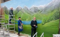 Familie Van Kerkhoff schildert decor Original Liemers Musikanten